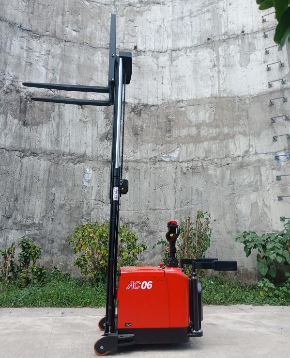 Xe Nang Tay Dien Cpd06 970.1