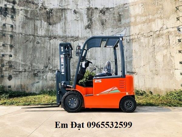 Xe Nang Dien 2.5 Tan Cpd25 Moi